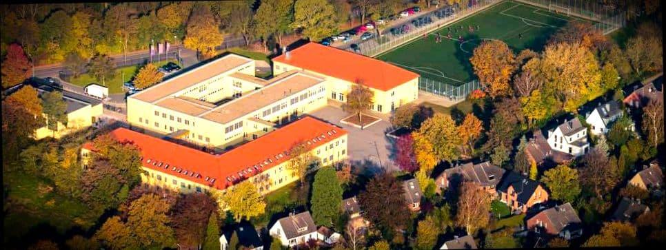 Русский ребенок может учиться в государственной немецкой школе