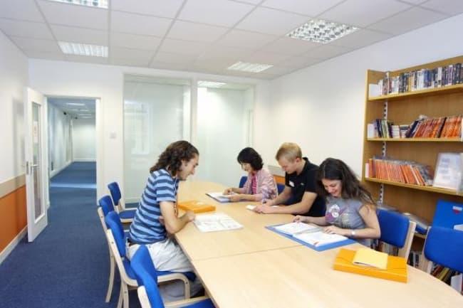 Курсы английского языка в Лондоне в школе EC