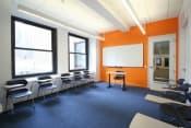 Английский язык в США в школе European Centre of English Language Studies в Нью-Йорке фото