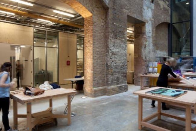 Изучение английского языка, моды и дизайна в The Language Centre University of the Arts London