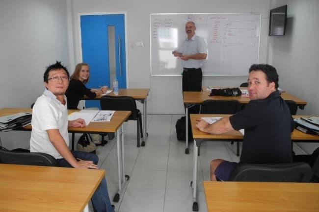 Английский язык в Таиланде в Patong Language School