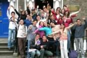 Летние каникулы в Италии в центре изучения итальянского языка Linguaviva для школьников от 12 до 18 лет фото