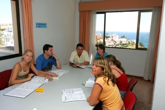 Изучение испанского языка в Испании Malaca Instituto