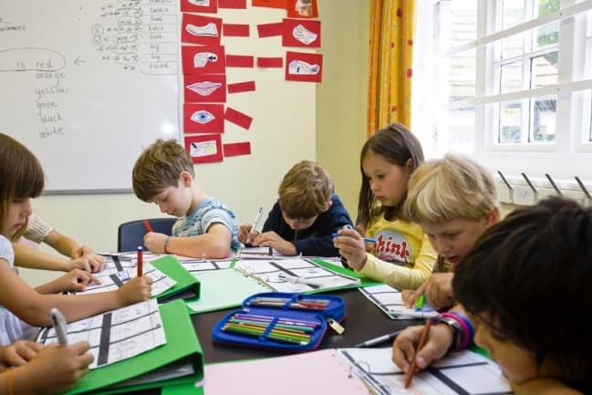 St. Bede's занятия в школе