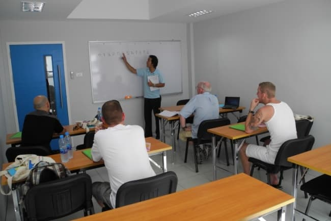 Patong Language School на о. Пхукет курсы английского языка