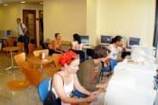 Испанский язык в Испании в школе Enforex (Мадрид, Барселона, Кадис, Саламанка, Севилья, Марбелья, Малага, Гранада, Валенсия, Аликанте, Тенерифе) для взрослых от 18 лет фото