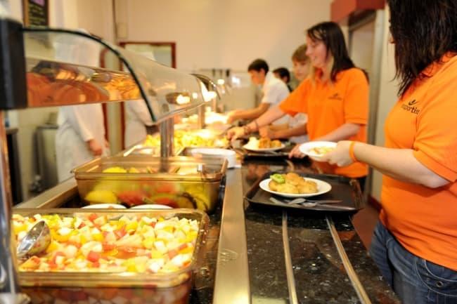 Питания в спортивной школе с изучением английского Oundle School