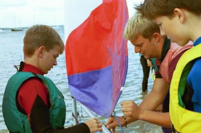 Alexander's International School катание на лодках