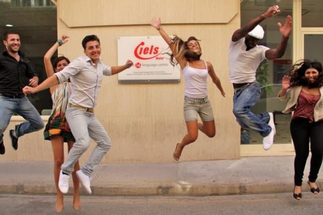 IELS школа курсы английского языка на Мальте
