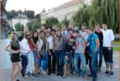 КВН плюс английский в Праге фото