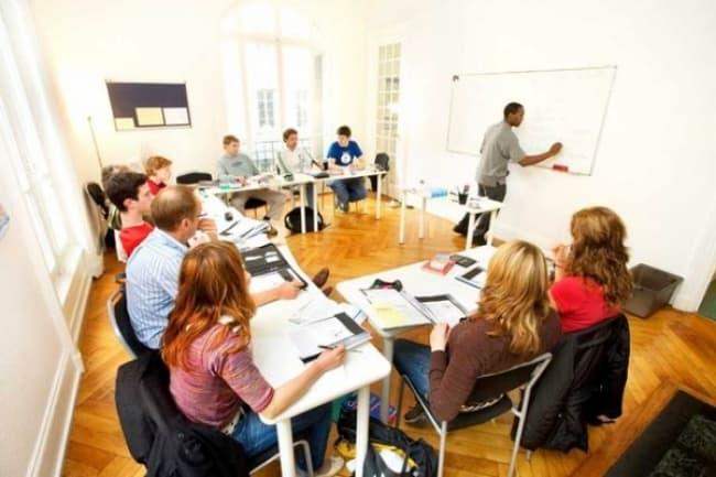 Французский язык в Швейцарии в школе ESL
