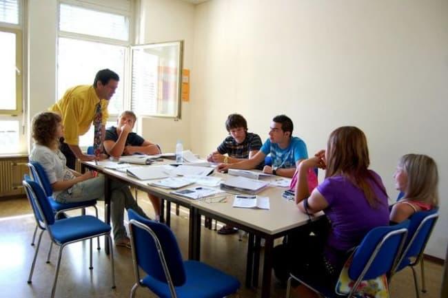 Курсы английского и французского языков в колледже Lemania (Швейцария)