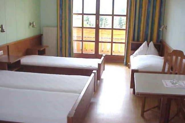 Общежитие в Village Camps