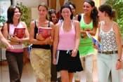 Английский язык на Мальте в школе ЕС краткосрочные курсы английского языка для взрослых от 18 лет фото
