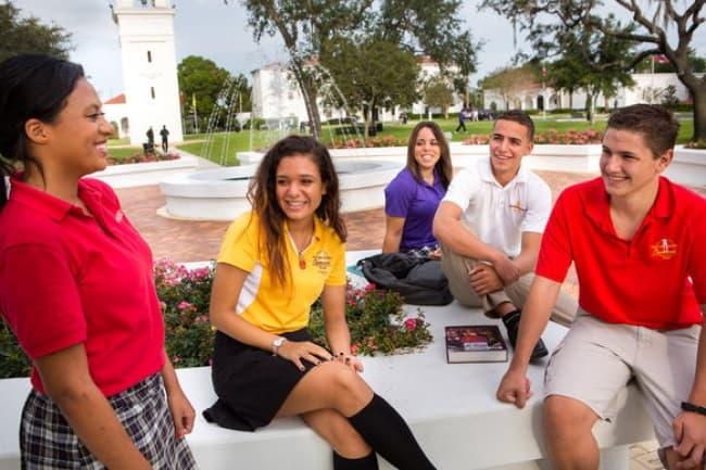 Средняя школа в США - Montverde Academy