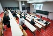 Годовой курс специализированного английского и профессиональных предметов в ČVUT и в Праге + подготовка к поступлению в ведущие медицинские вузы Чехии фото