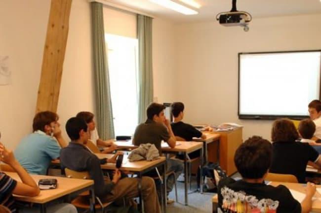 Английский язык в школе Pre Fleuri (Виллар)