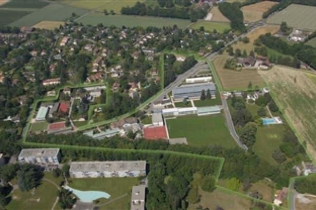 Школа COLLEGE DU LEMAN план