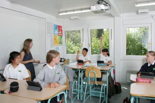 Занятия в школе Pre Fleuri 4