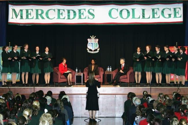 Изучение английского языка в школе Mercedes College