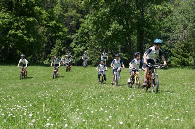 Студенты Pre Fleuri  на велопрогулке
