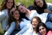 Летние каникулы в Великобритании в центрах Lines Лондон с изучением английского языка в школах DOWNE HOUSE и QUEENSWOOD для школьников от 6 до 18 лет фото