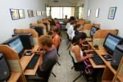 Испанский язык в Испании в школе Malaca Instituto в Малаге для взрослых от 16 лет фото