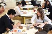 Среднее образование в Aiglon College в Вилларе для детей от 9 до 18 лет фото