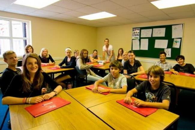 Изучение английского в Великобритании в школе Harrow House