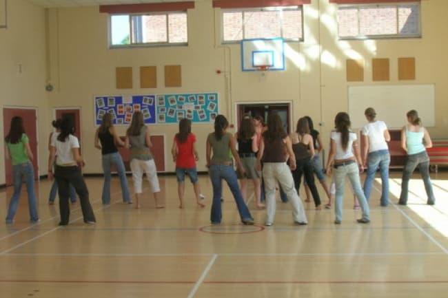 Спортивные занятия в школе английского языка Badminton School