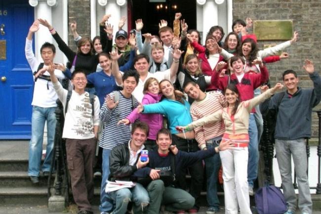 LINGUAVIVA GROUP во Флоренсии