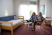 Немецкий язык в Германии в школе Humboldt-Institut для взрослых от 18 лет фото