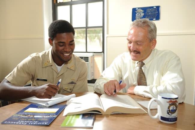 Образование в США в Admiral Farragut Academy