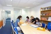Английский язык в ЮАР в школе EC в Кейптауне курсы для взрослых от 16 лет фото