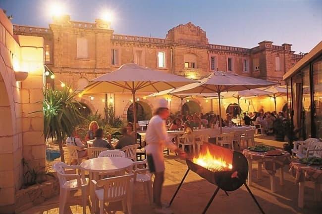 Школа Sprachcaffe Мальта
