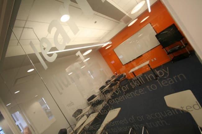 EC школа в Нью-Йорке