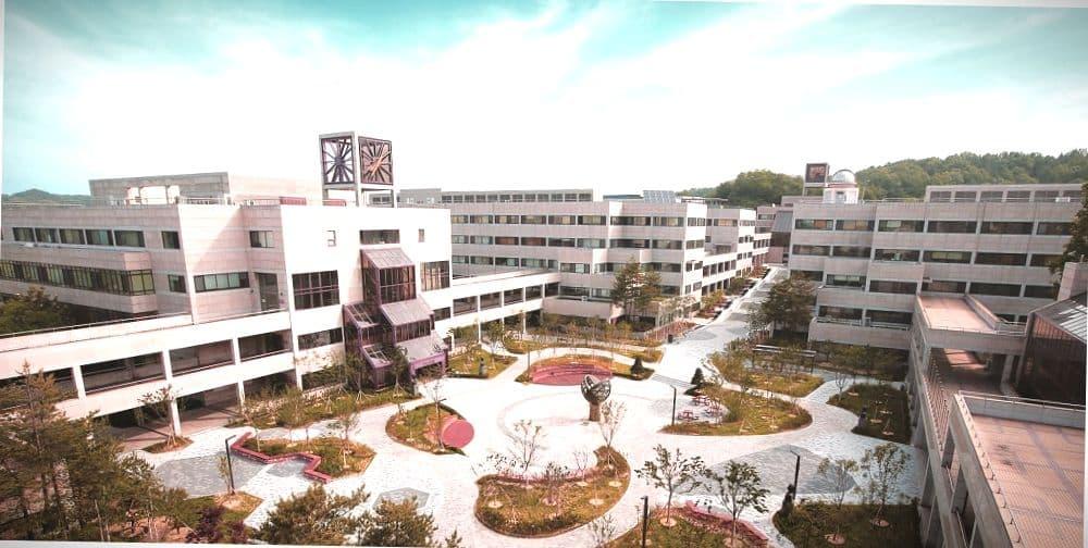 Похангский университет науки и технологии