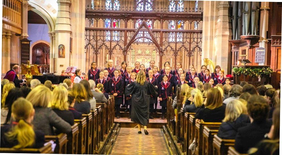 Детский хор в шотландском колледже